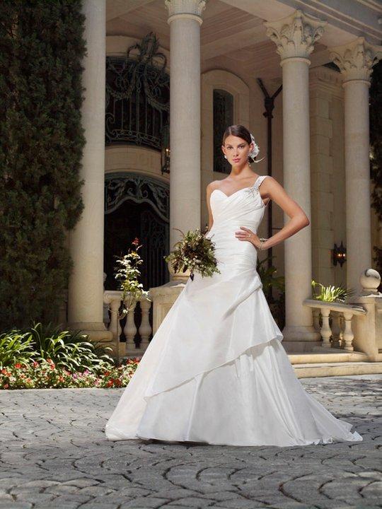 affordable wedding dress,